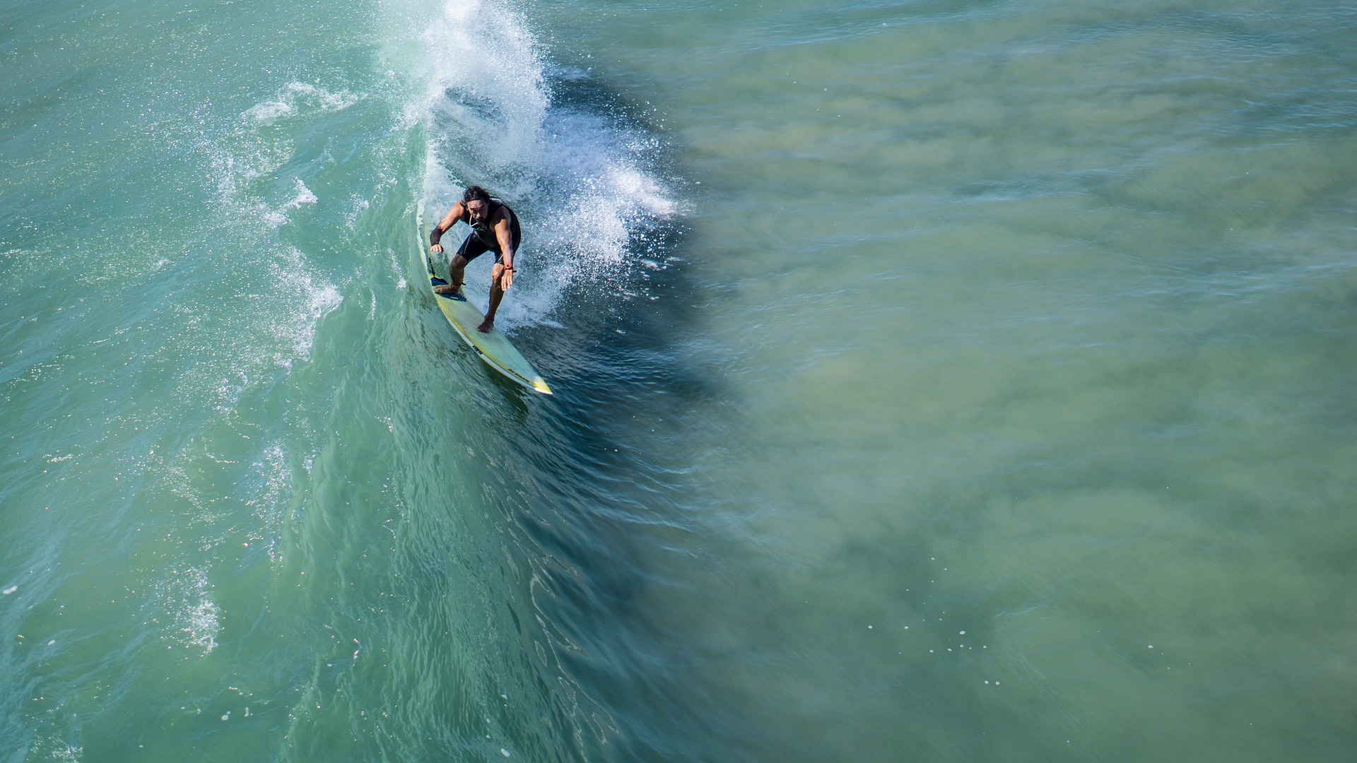 Best Places To Enjoy Surfing Water Sports In USA