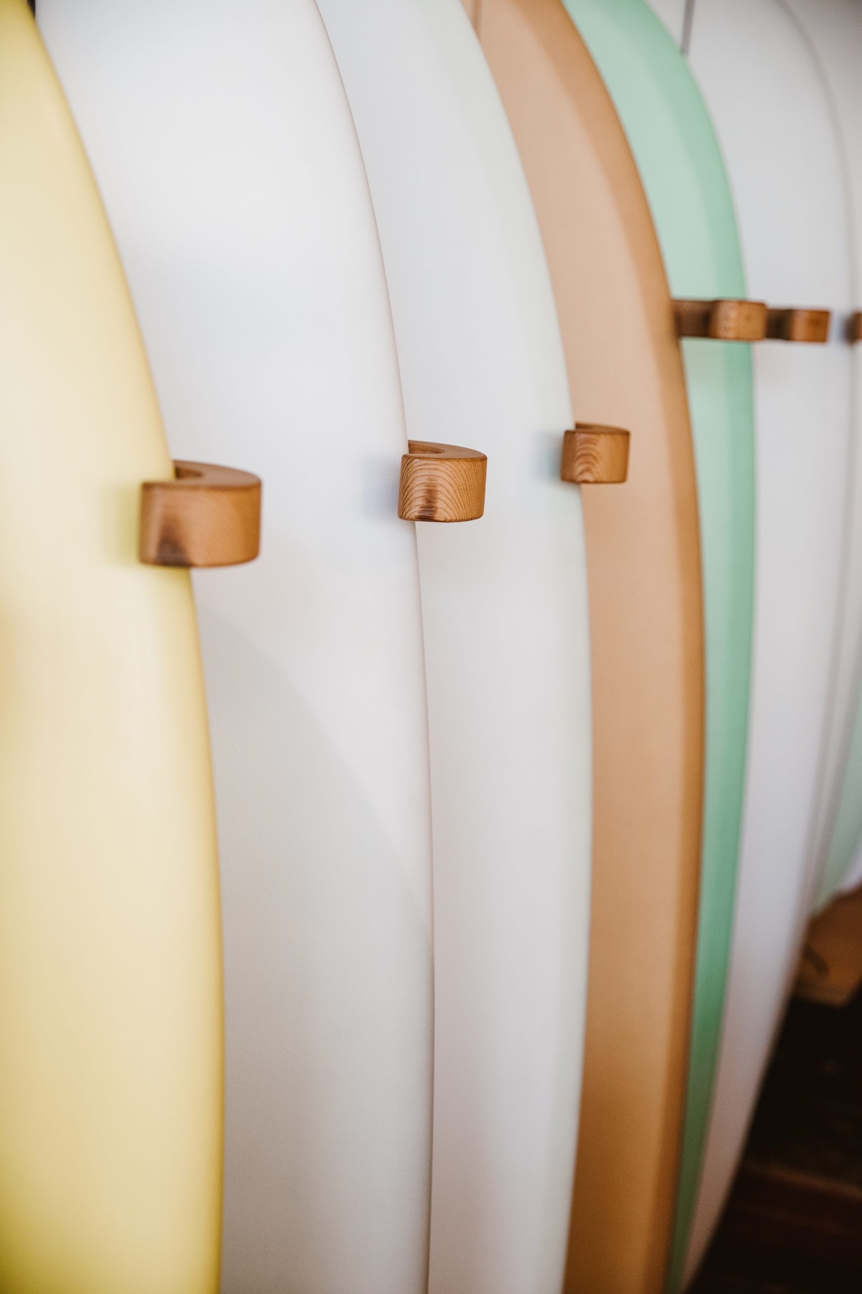 Best Surfboard Traction Pads: How To Select The Best?