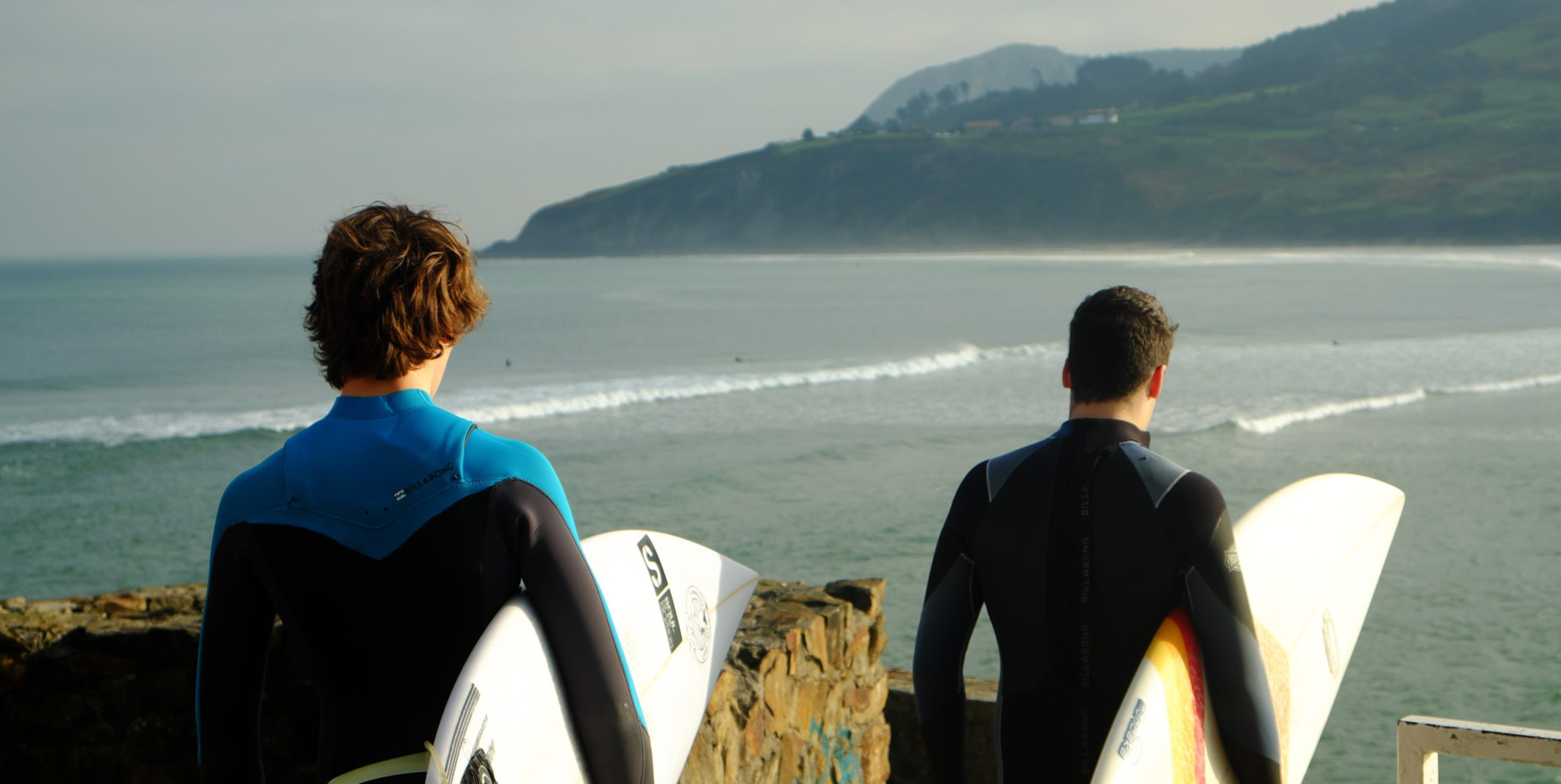 Surfboard Exploring - A Primer For Beginner Surfer