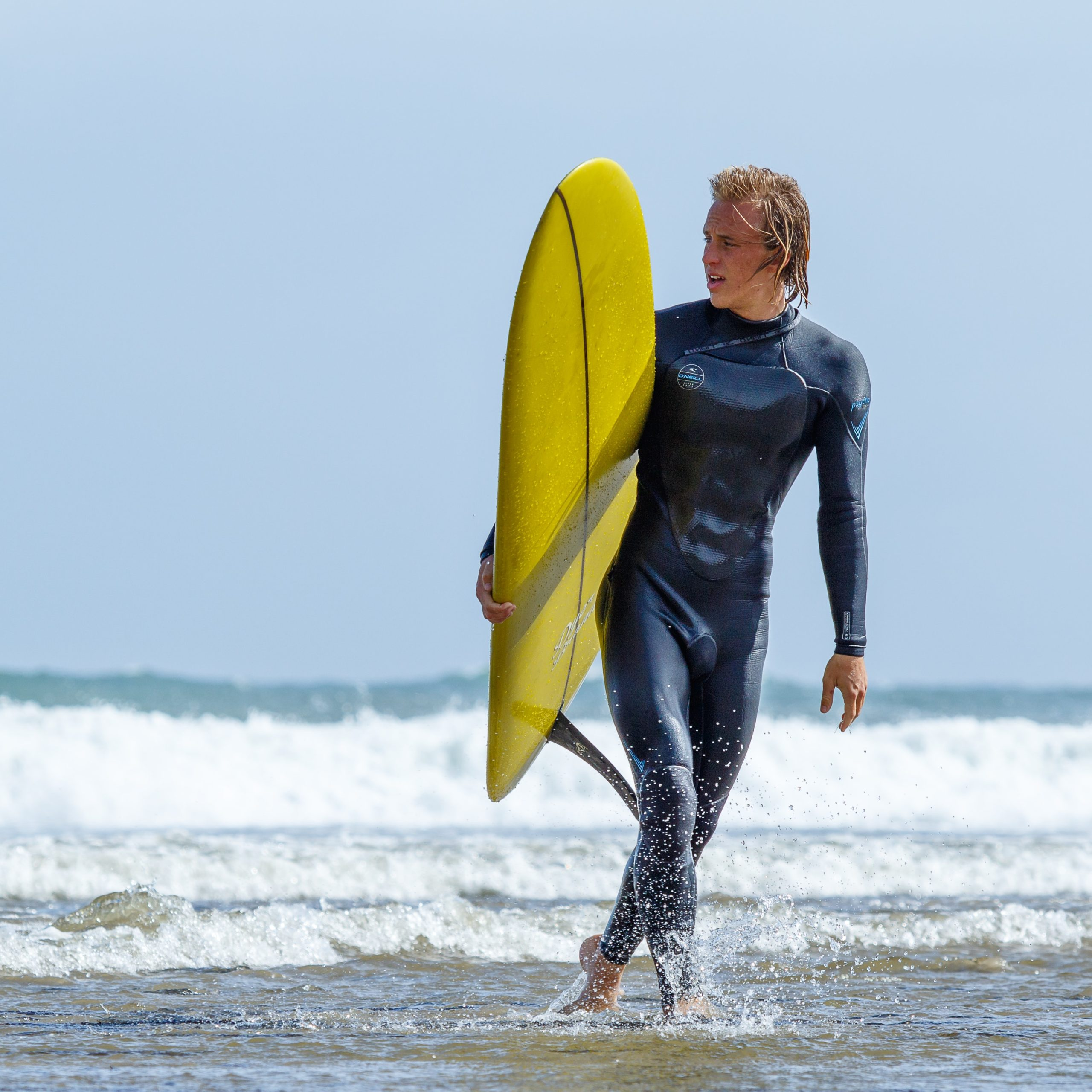 7 Tips beginners need to know to Start Surfing